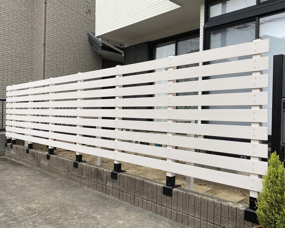 人工木フェンスの完成!